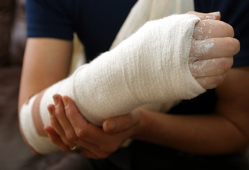 Injured arm with income protection